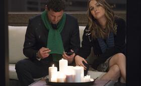Grey's Anatomy - Staffel 15, Grey's Anatomy - Staffel 15 Episode 15 mit Justin Chambers und Camilla Luddington - Bild 17