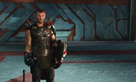 Thor 3: Ragnarok mit Chris Hemsworth - Bild 75