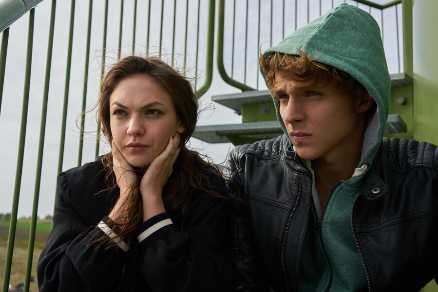 Unter anderen Umständen: Liebesrausch mit Merlin Rose und Emma Drogunova