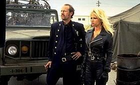 Barb Wire mit Pamela Anderson - Bild 14
