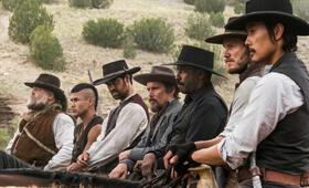 Die Glorreichen Sieben mit Denzel Washington, Chris Pratt, Ethan Hawke, Vincent D'Onofrio, Byung-hun Lee und Martin Sensmeier - Bild 70