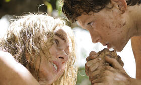 Tom Holland in The Impossible - Bild 58