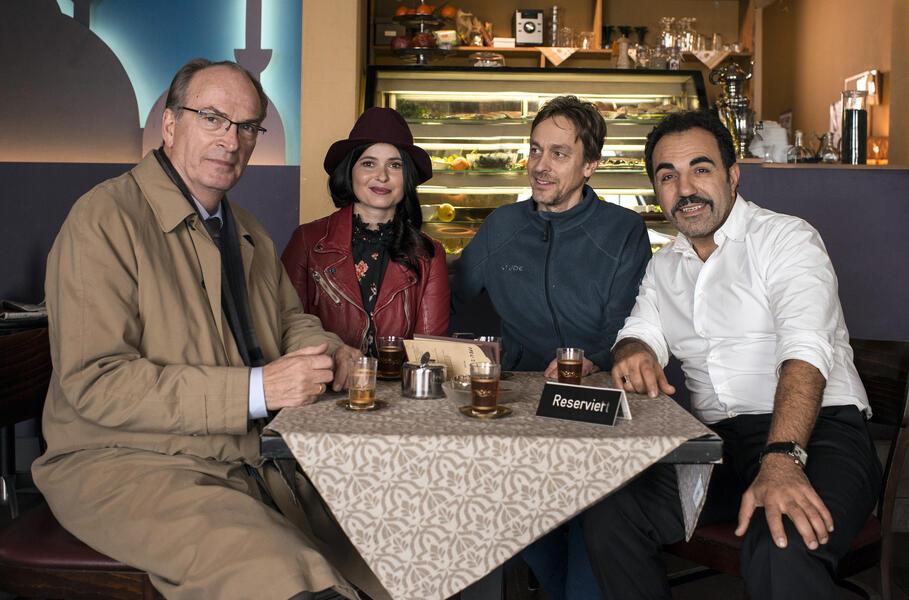 Stenzels Bescherung mit Anna Fischer, Herbert Knaup, Adnan Maral und Marc-Andreas Bochert
