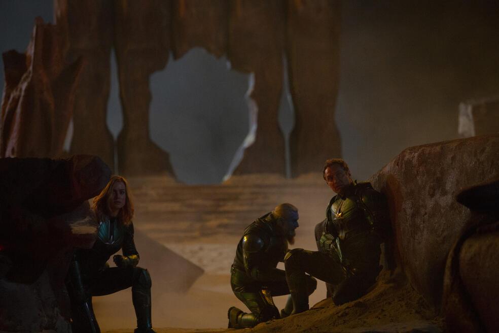 Captain Marvel mit Jude Law und Brie Larson