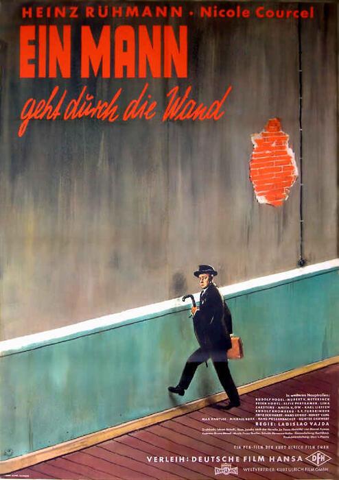 Ein Mann geht durch die Wand - Bild 1 von 1
