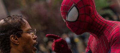 The Amazing Spiderman belehrt einen kahlen Jamie Foxx