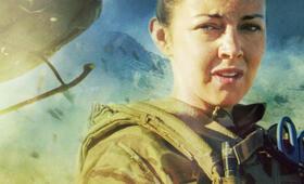 Eine Frau an der Front, Staffel 1 mit Lacey Turner - Bild 5