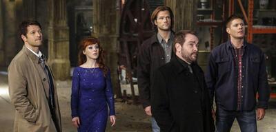 Supernatural: Cas, Rowina, Sam und Dean im Staffel 11-Finale