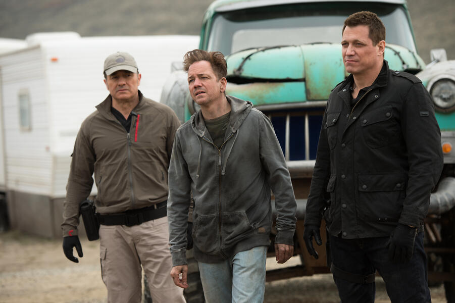 Monster Trucks mit Frank Whaley und Holt McCallany
