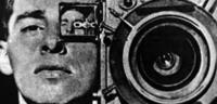 Bild zu:  Das ist er: Der Mann mit der Kamera