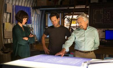 Ant-Man mit Michael Douglas, Paul Rudd und Evangeline Lilly - Bild 1
