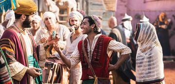 Mena Massoud als Aladdin