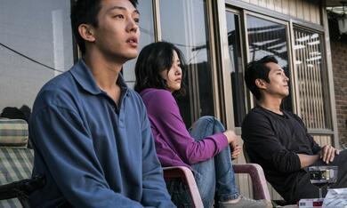 Burning mit Steven Yeun, Jong-seo Jeon und Ah-in Yoo - Bild 3