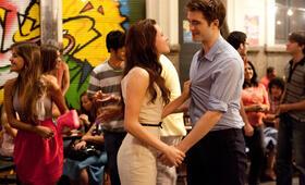 Robert Pattinson in Breaking Dawn - Bis(s) zum Ende der Nacht: Teil 1 - Bild 146