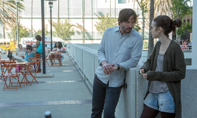 To the Bone mit Keanu Reeves und Lily Collins - Bild 12