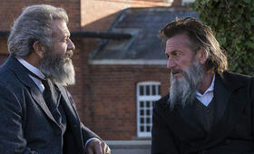 The Professor and the Madman mit Sean Penn und Mel Gibson - Bild 10