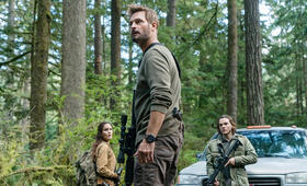 Colony - Staffel 3 mit Josh Holloway und Sarah Wayne Callies - Bild 4