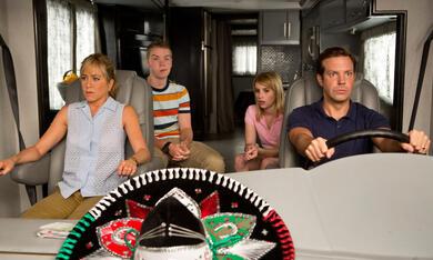 Wir sind die Millers mit Jennifer Aniston, Emma Roberts, Jason Sudeikis und Will Poulter - Bild 1