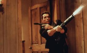 Eraser mit Arnold Schwarzenegger - Bild 13