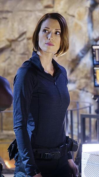Supergirl, Staffel 1 mit Chyler Leigh