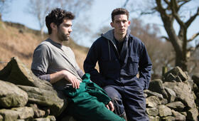 God's Own Country mit Alec Secareanu und Josh O'Connor - Bild 18