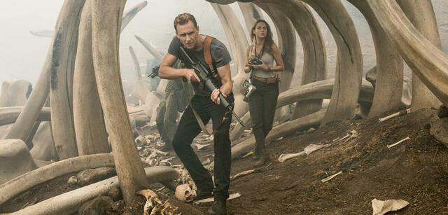 Tom Hiddleston und Brie Larson