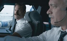 Sully mit Tom Hanks und Aaron Eckhart - Bild 66