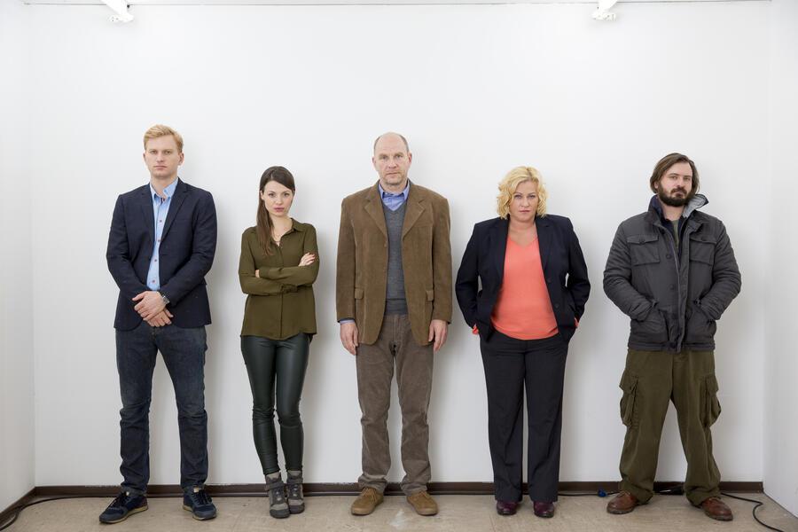 Der Chef ist tot mit Julia Hartmann, Lucas Prisor, Götz Schubert, Petra Kleinert und Daniel Christensen