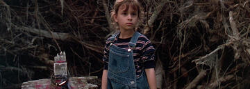 In der Adaption von 1989 besitzt Ellie die übernatürliche Gabe
