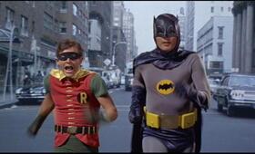 Batman hält die Welt in Atem mit Adam West und Burt Ward - Bild 4