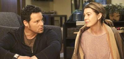 Justin Chambers und Ellen Pompeo in Grey's Anatomy - Die jungen Ärzte