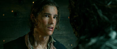 Brendon Thwaites als Henry Turner in  Pirates of the Caribbean 5: Salazars Rache.