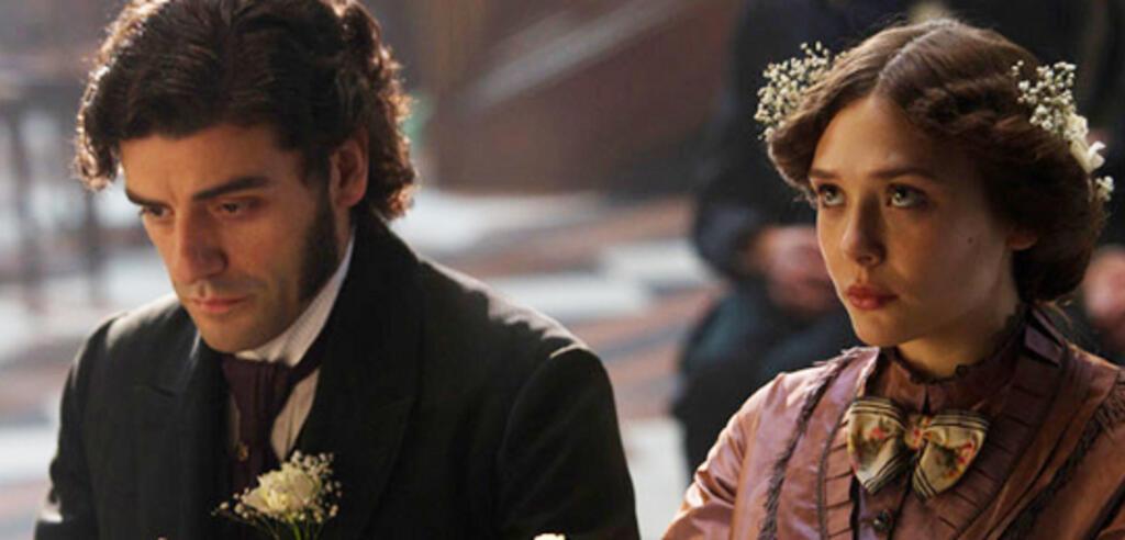 Oscar Isaac und Elizabeth Olsen in In Secret