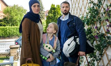 Das deutsche Kind mit Murathan Muslu, Neshe Demir und Malina Harbort - Bild 3