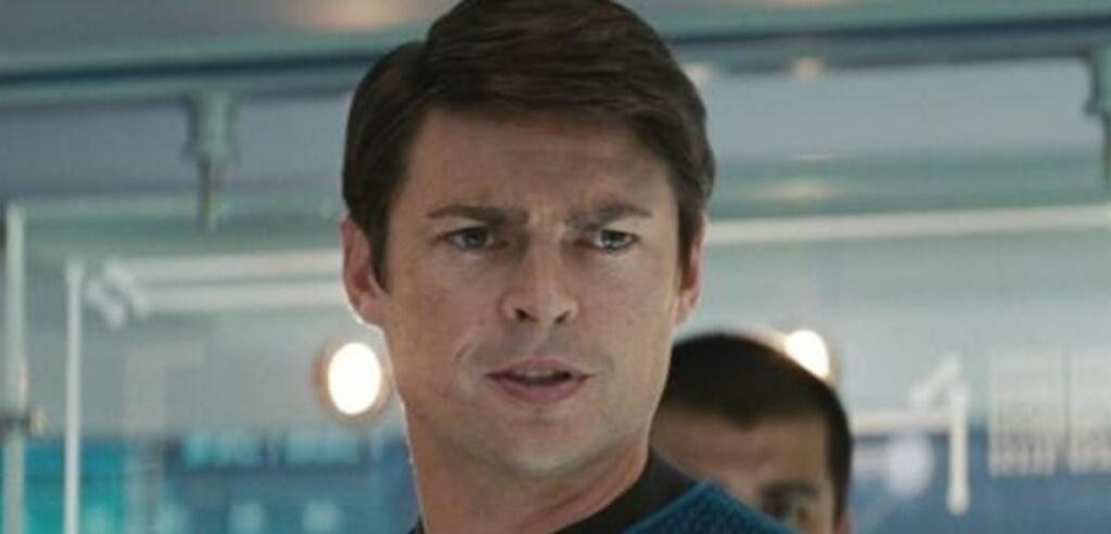 Karl Urban in Star Trek (2009)