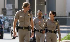 CHiPs mit Michael Peña, Dax Shepard und Rosa Salazar - Bild 20