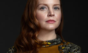 Servant, Servant - Staffel 1 mit Lauren Ambrose - Bild 2