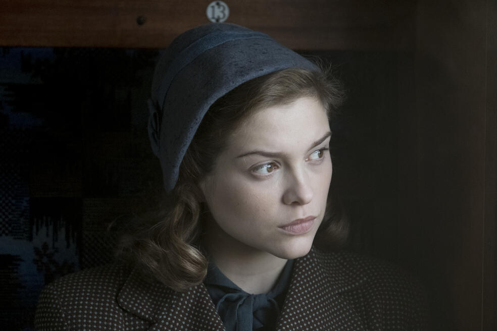 Red Joan mit Sophie Cookson