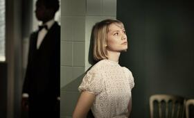 The Double mit Mia Wasikowska - Bild 6