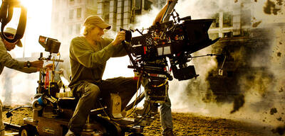 Michael Bay am Set von Transformers 4: Ära des Untergangs