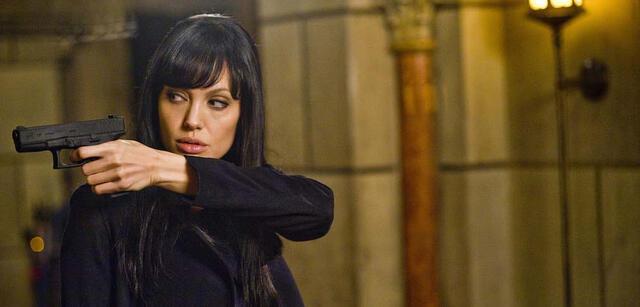 Angelina Jolie als Evelyn Salt
