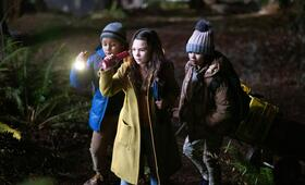 Home Before Dark, Home Before Dark - Staffel 1 mit Brooklynn Prince, Deric McCabe und Jibrail Nantambu - Bild 8