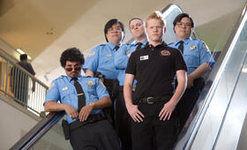 Shopping-Center King mit Seth Rogen, Michael Peña, Jesse Plemons, Matt Yuan und John Yuan - Bild 4