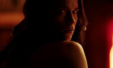 Wynonna Earp, Staffel 1 mit Melanie Scrofano - Bild 1