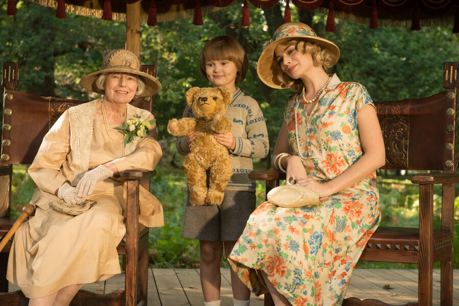 Goodbye Christopher Robin mit Margot Robbie und Will Tilston