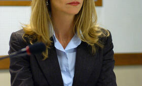 Die Bourne Verschwörung mit Joan Allen - Bild 6