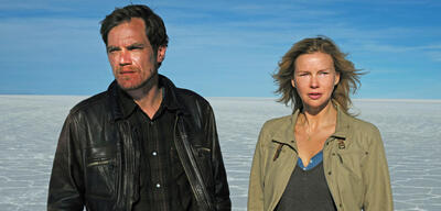 Michael Shannon und Veronica Ferres in Salt and Fire