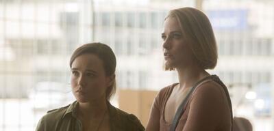Ellen Page und Evan Rachel Wood inInto The Forest