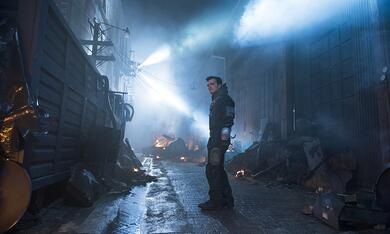 Future Man, Future Man - Staffel 1 mit Josh Hutcherson - Bild 5