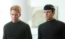 Star Trek Into Darkness mit Zachary Quinto und Chris Pine - Bild 81